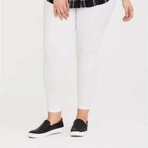 Torrid Leggings Premium Crop Length White 4 26